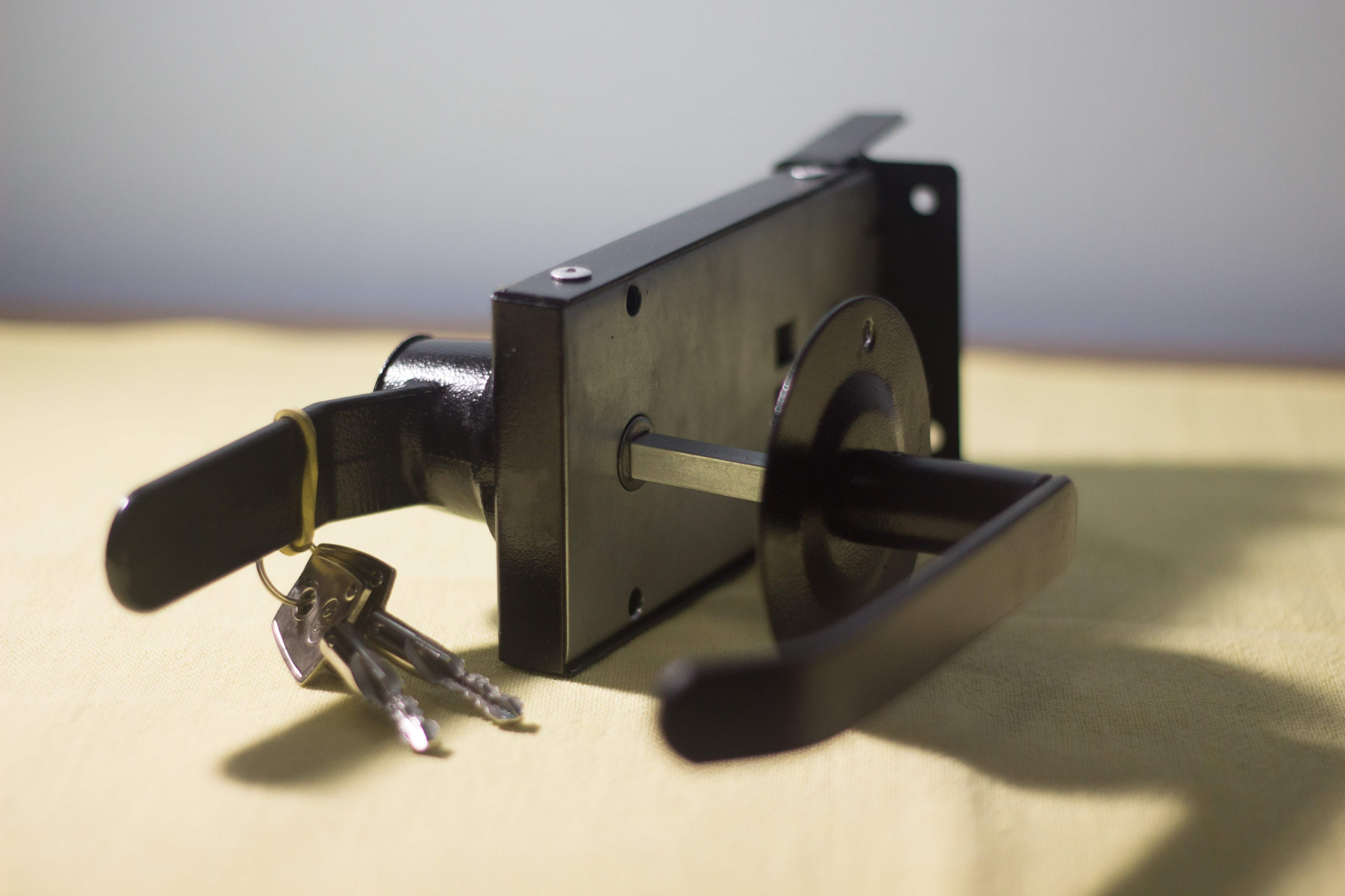 Fechadura para porta corta fogo